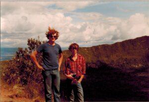 Boudewijn en Loek op de kraterrand