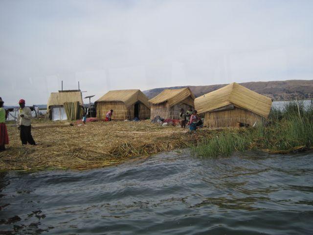 Uros eilanden, Peru
