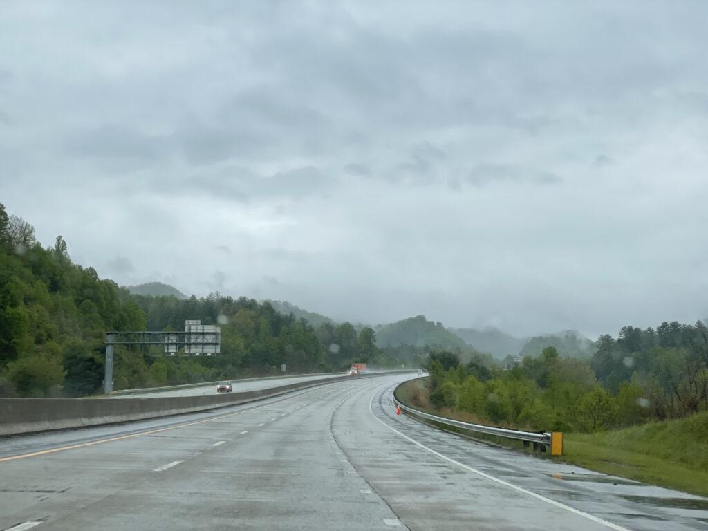 Regen onderweg op de Natchez Trace